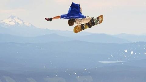 #AV7Renegade @jah_he getting sideways in the summer slush. #avalon7 #liveactivated #snowboarding www.avalon7.co
