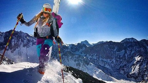 #AV7Renegade and #AV7Artist @lynseydyer living the dream in South America. We can't wait for winter here in JH! #avalon7 #liveactivated #skiing #gopro  @unicorn_picnic www.avalon7.co