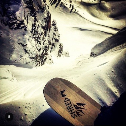 It was a good day in @jacksonhole! #A7Renegade @hbombtheoriginal steps up to a classic. #avalon7 #liveactivated #snowboarding #justthetip www.avalon7.co