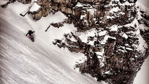 Get lost and find yourself. #avalon7 #followthestoke #snowboarding www.avalon7.co