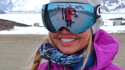 Canadian Heli Ski guide @kittredhead rocking one of our new Spirit Mesh Faceshields on the tarmack in Greenland.  Design dropping soon! #avalon7 #liveactivated #skiing #snowboarding www.avalon7.co