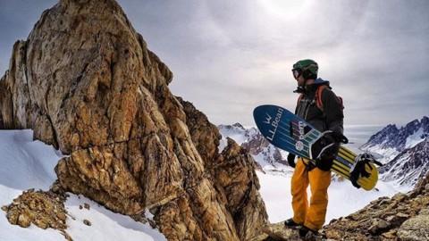 @sethwescott ponders his line through the rock spires in Greenland. #chooseyouradventure  #avalon7 #liveactivated #snowboarding @llbean #llbeanmoment @warrenmillerent