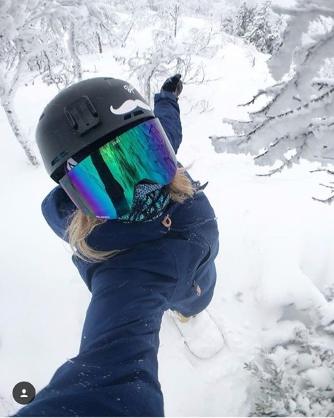 Legendary snowboarder @kjerstibuaas in her element spreading love and good vibes!  Rocking our Blue Spirit Mesh FaceShield so she can stay stoked outdoors. #avalon7 #liveactivated #snowboarding #staystoked www.avalon7.com