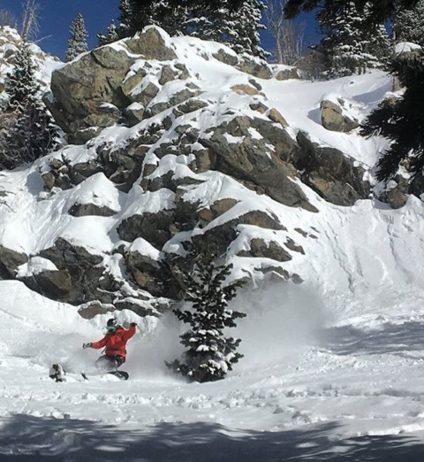 @robkingwill launching into this year's #jhpowwow boardtest at @jacksonhole!  #froth #snowboarding
