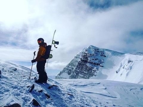@cooperk at the top of the world. @avalon7 #staystoked #snowboarding www.a-7.co