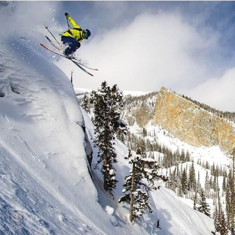 @steezyweezy launching into the last weekend at @jacksonhole. Photo: @mtlancaster #staystoked #skiing #goodtothelastdrop www.a-7.co